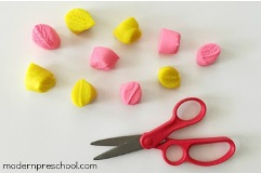 play-dough-scissor-skills 2